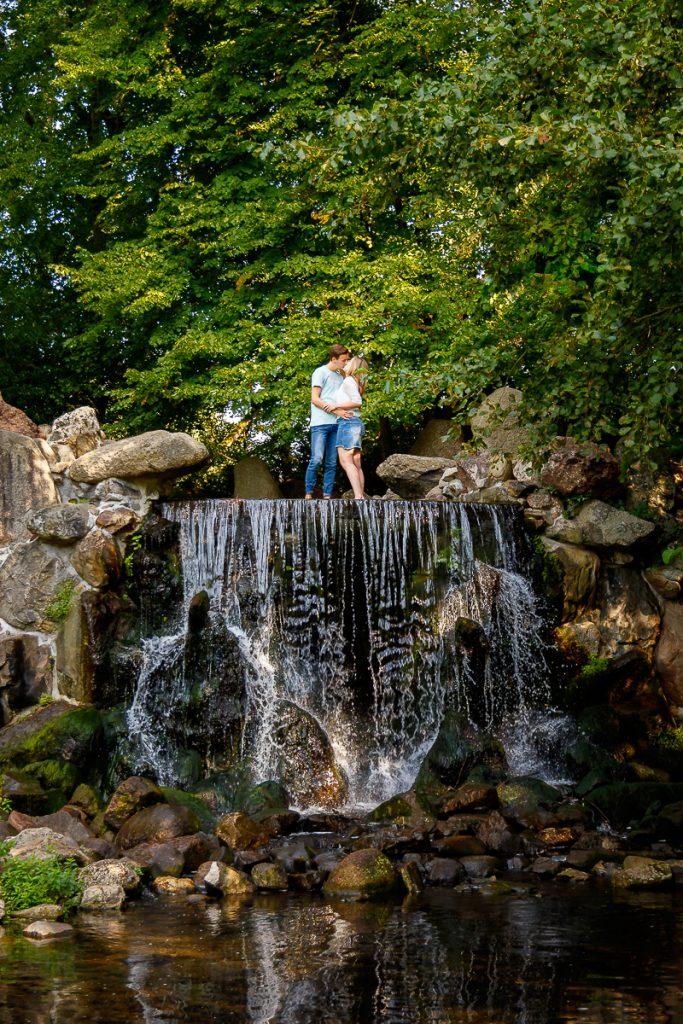 Stel op waterval Sonsbeek